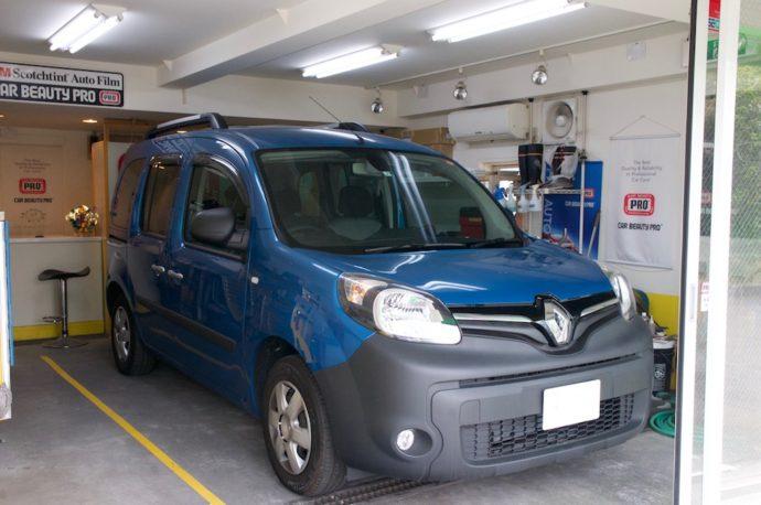 ルノー カングー 新車ガラスコーティング PCX-V110施工
