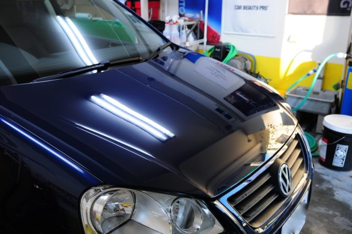 VW POLO ボンネット再施工