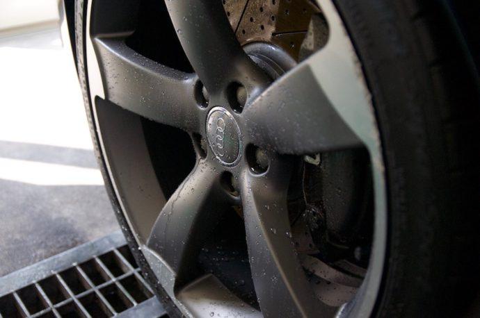 Audi A4 avant プロガラスコーティング 欲張りプラン その3仕上げ