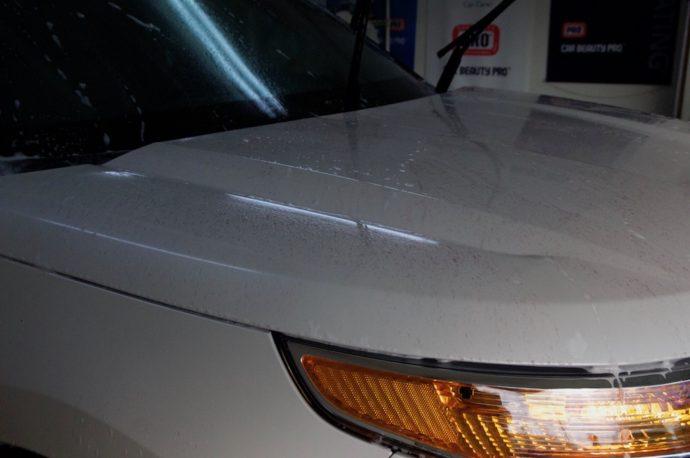 フォード エクスプローラー メンテナンスコート